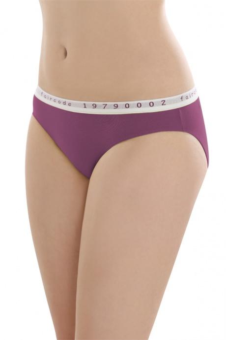 Comazo Biowäsche, Mini-Slip für Damen in plum - Vorderansicht