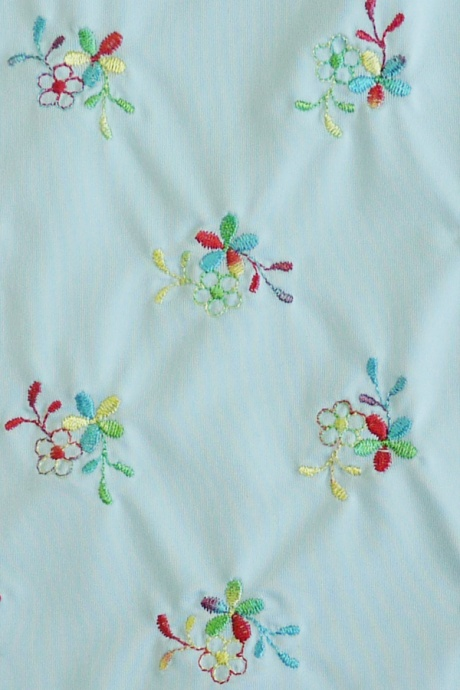 Comazo Unterwäsche, Bügel-BH mit Stickblümchen für Damen heaven - Detail